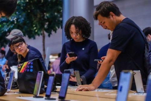Apple упрощает покупку нового iPhone