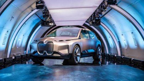 CES 2020: полностью электрический внедорожник BMW iNext станет первым автомобилем премиум-класса 5G