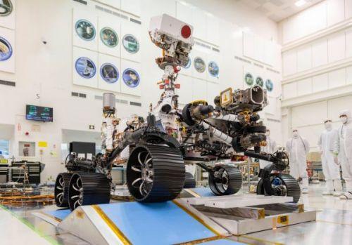 Марсоход NASA Mars 2020 совершил первую поездку