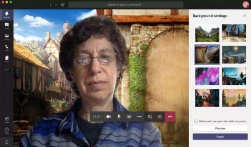 Microsoft Teams позволяет менять пользовательские фоны
