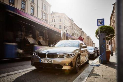 Продажи электрифицированных автомобилей BMW превысили полмиллиона единиц