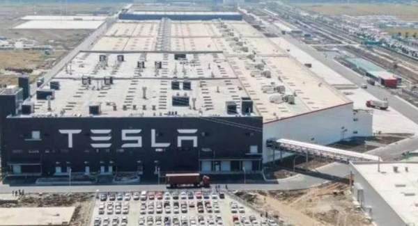 Рыночная стоимость Tesla приближается к 420 миллиардам долларов США