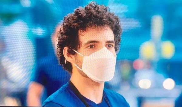 Apple разрабатывает и производит собственные маски для сотрудников