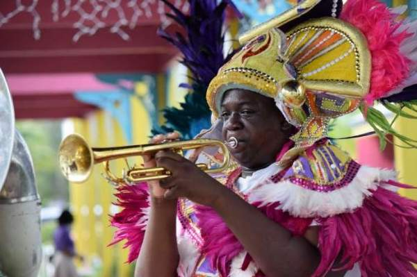 Багамы запустят свою национальную криптовалюту, песочный доллар, в октябре