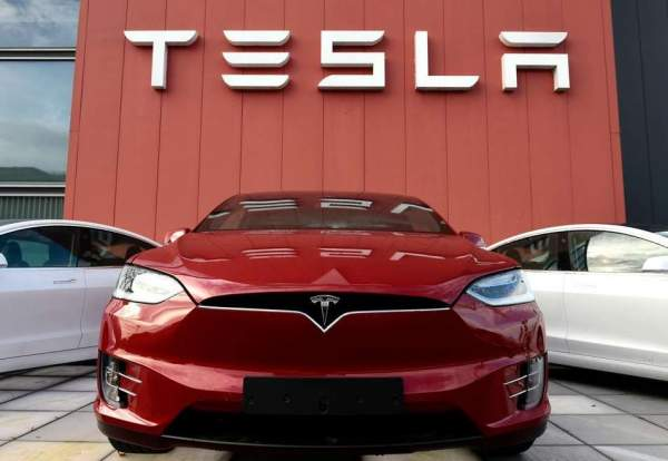 Tesla опубликовала отчет о безопасности транспортных средств за третий квартал