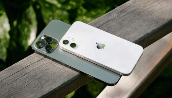 iPhone 12 Mini - самый маленький, тонкий и легкий смартфон 5G